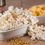 Come fare i popcorn in padella